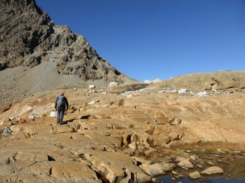 Rocce montonate da antichi ghiacciai