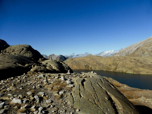 Sul versante svizzero, i laghi di Geisspfad